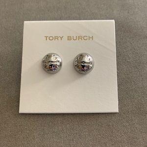 Tory Burch logo earnings